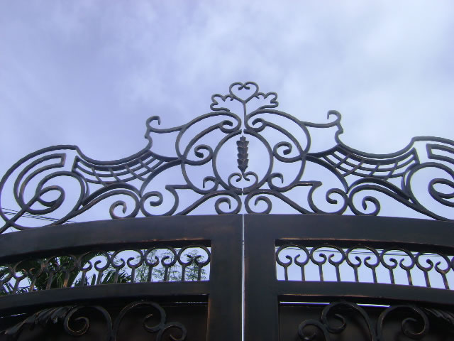 Entrance Gate in Antique Copper Finish