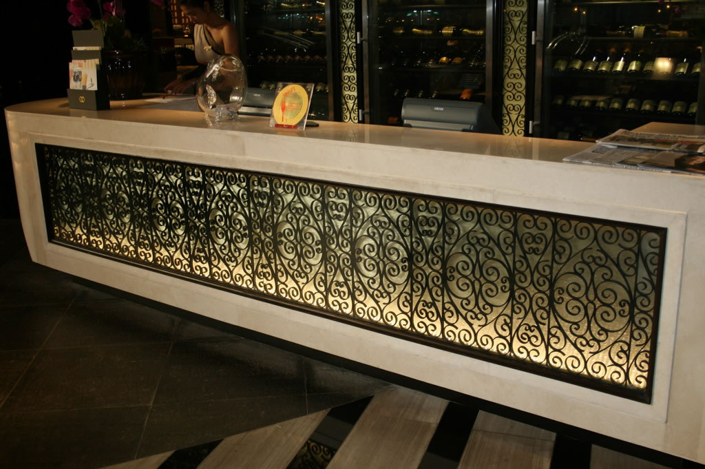Textured Glass with Grills
