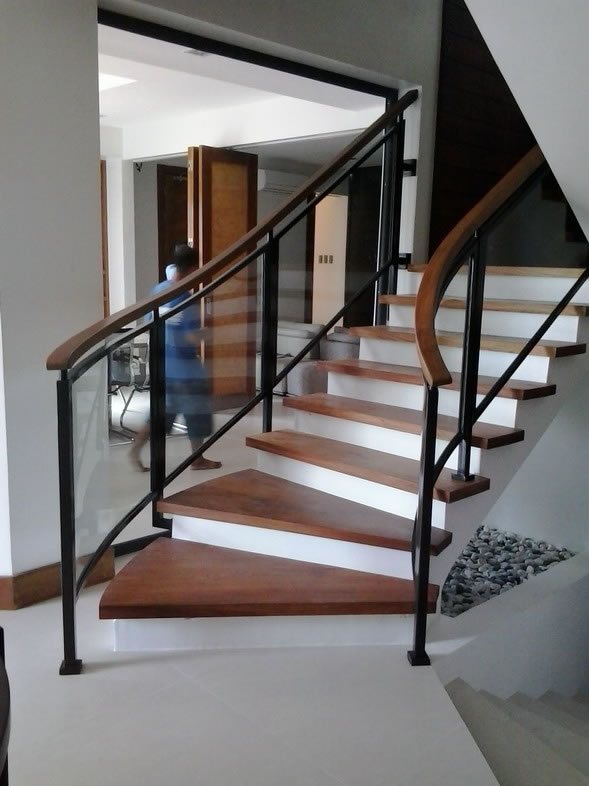 Glass Stair Railing | Cavitetrail, Glass Railings ...