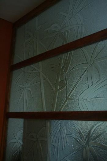 glass-wall-facde-with-design-philippines
